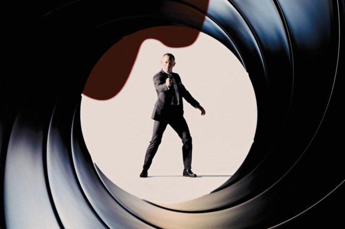 James Bond - Gun Barrel - Daniel Craig
